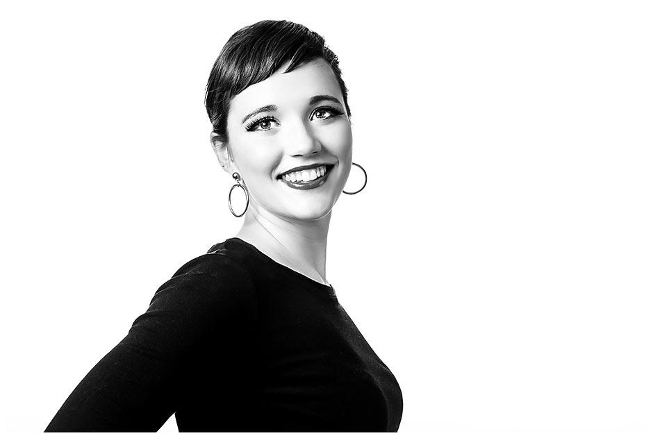 Audrey Hepburn Inspired senior portrait (21)