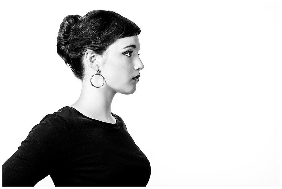 Audrey-Hepburn-Inspired-senior-portrait-(31)
